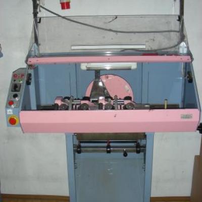 Maszyna do produkcji dodatków- plis i sznurków