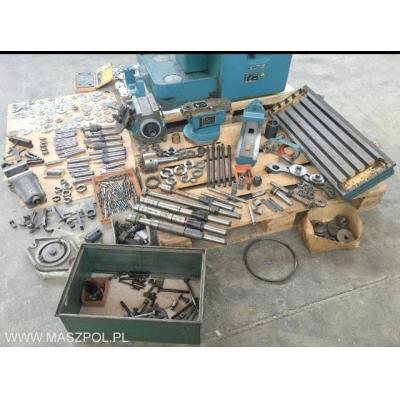 Frezarka narzędziowa 676 P  stan techniczny IDEALN