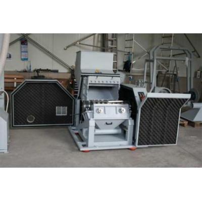 Młyn do tworzyw sztuczych marki Vespa 18,5 kW