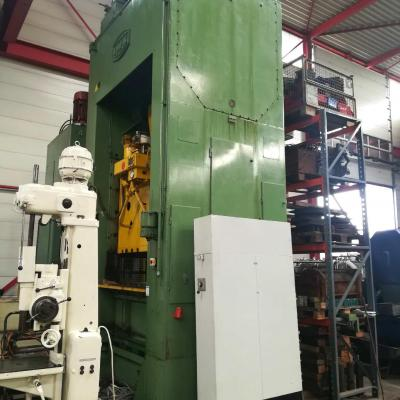 Double column mechanical press IWK PKZRR 250/2050