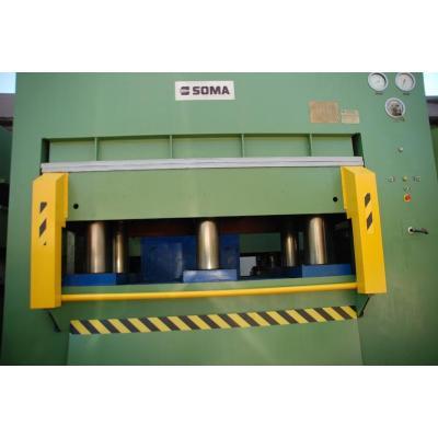 Prasa hydrauliczna o nacisku 600 Ton.