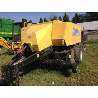 New Holland BB 9040