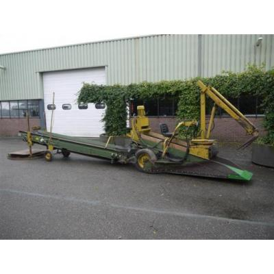 Visser pick up scooter with Hydraulic crane | Scha