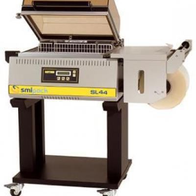 Komorowe maszyny pakujące w folię termokurczliwą