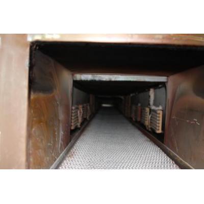 Piec tunelowy do wypalania szkła