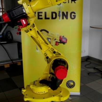 Robot przemysłowy Fanuc ArcMate 100i