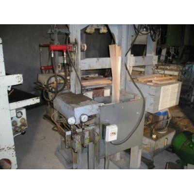 Prasy hydrauliczne do montażu krzeseł