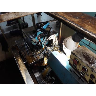 Automat tokarski APA - 16