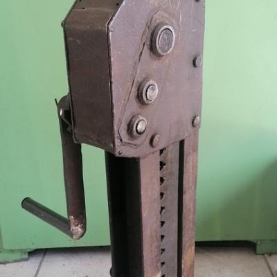 Maszyny i części - koniec produkcji - wyprzedaż