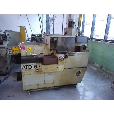 Tokarka automat tokarski bezkrzywkowy ATD 63