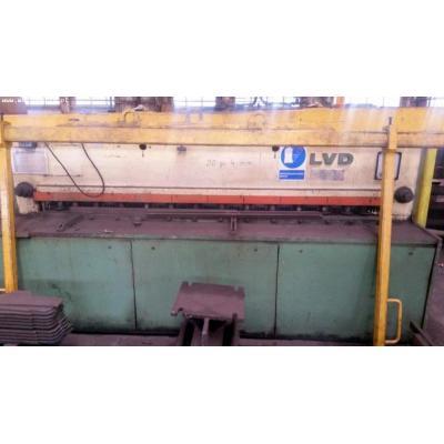 Nożyce gilotynowe hydrauliczne LVD MV 25/4