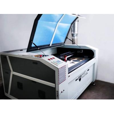 OD RĘKI! Laser CO2 WS1610C z zamkniętym stołem