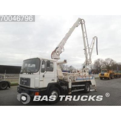 Man  18.272 4X2 Manual Euro 1 Putzmeister 19 Meter