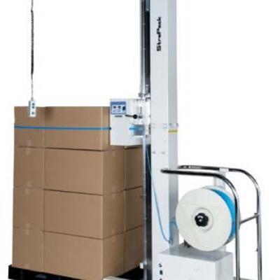 Maszyna do pakowania towarów na paletach
