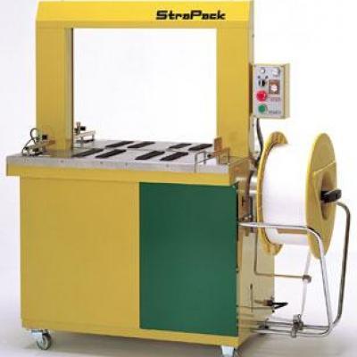 Maszyna bandująca - spinająca taśmą PP