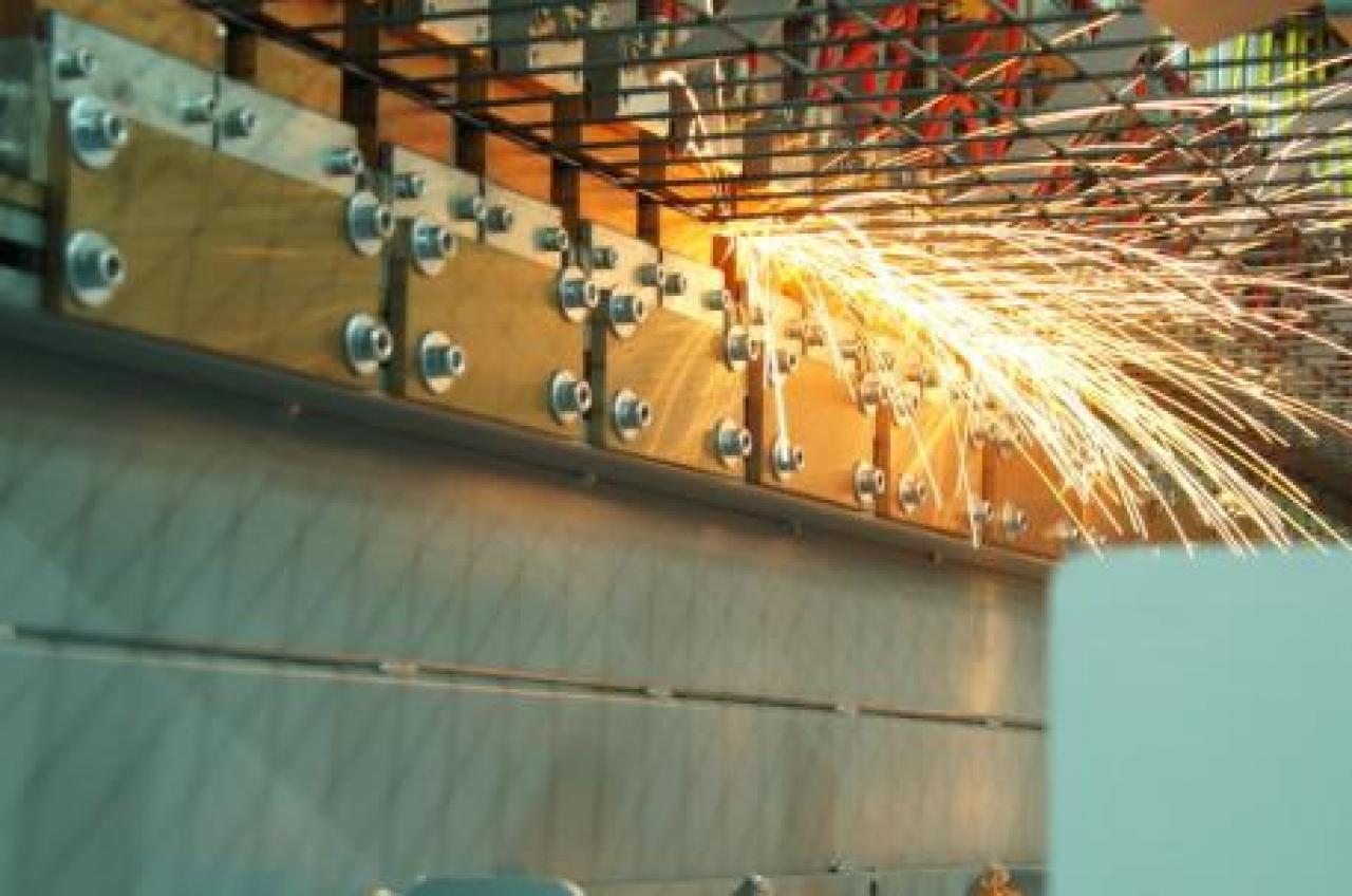 Groovy Bank maszyn | Giełda maszyn i urządzeń IW46